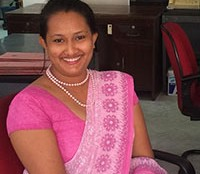 Dilhani, our travel expert of Sri Lanka